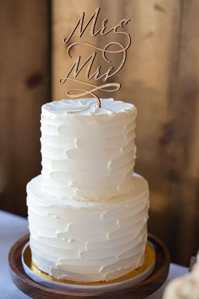modelo super simples de bolo de casamento branco 2 andares