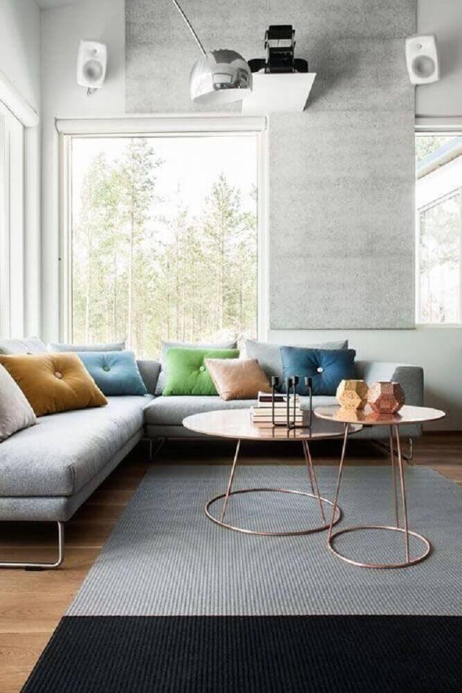 modelos de sofá de canto decorados com almofadas coloridas