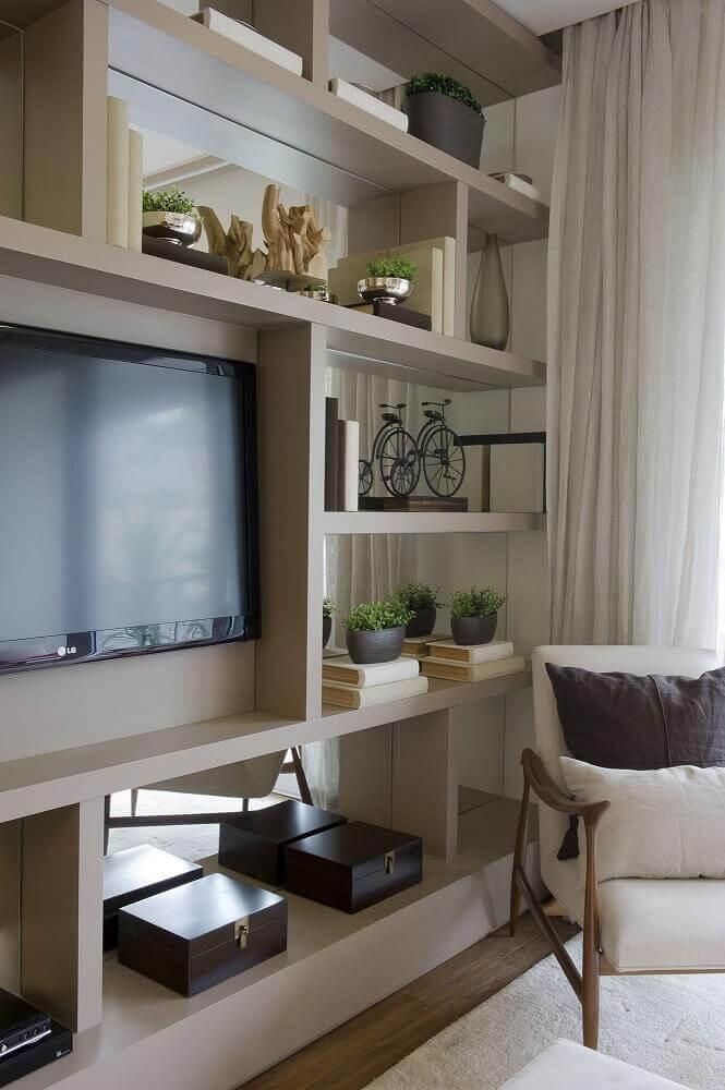 painel para sala de estar em estante com nichos