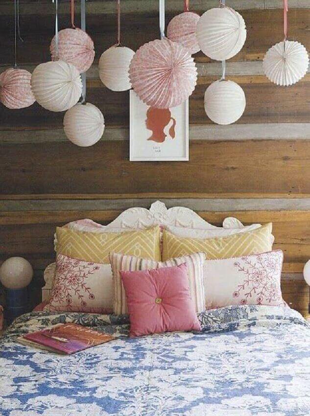quartos decorados femininos com luminária japonesa