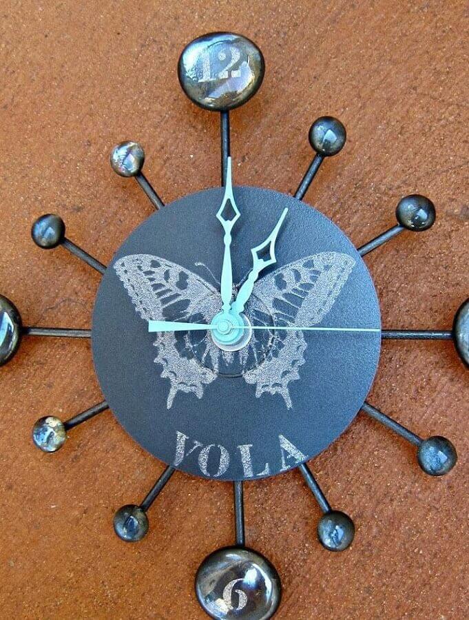 relógio de artesanato com CD