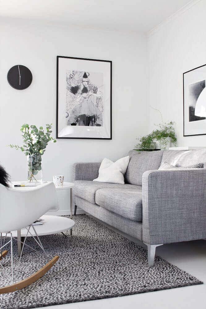 sala decorada com quadros minimalistas