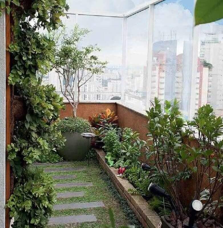 varanda com jardim e horta para apartamento