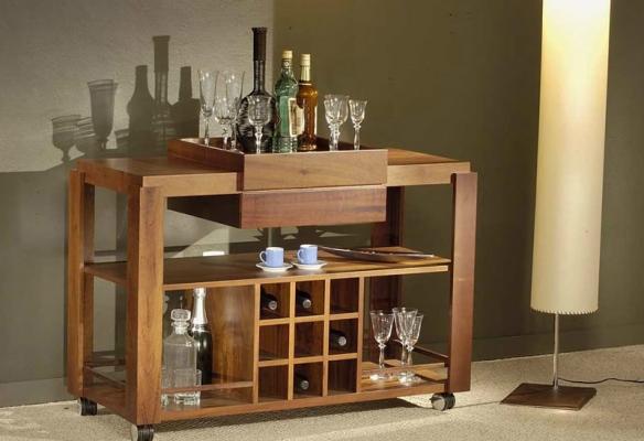 Barzinho para sala em madeira