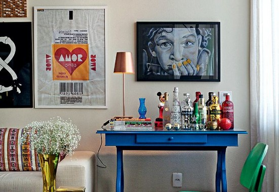 Barzinho para sala mesa azul