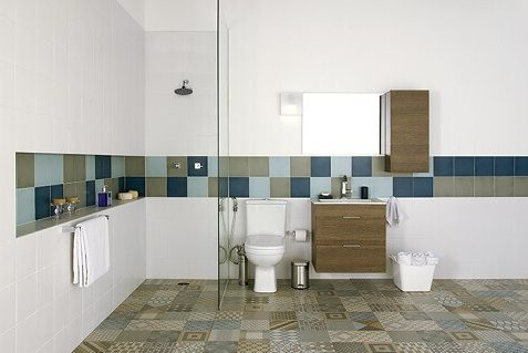 Cerâmica para banheiro com faixas