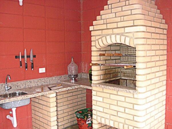 Como fazer churrasqueira de tijolos