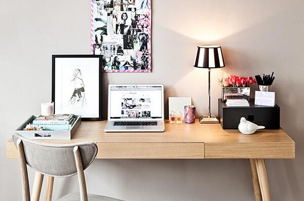 Escrivaninha pequena madeira