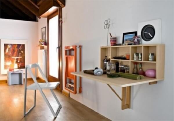 Mesa dobrável para ambientes pequenos