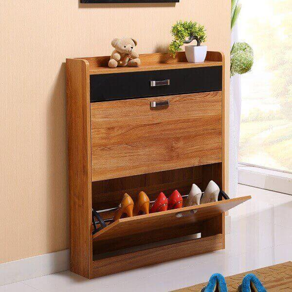 Modelo de sapateira em armário