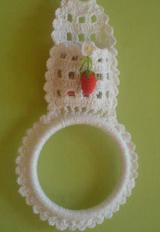 Porta pano de prato em crochê com bolsinho