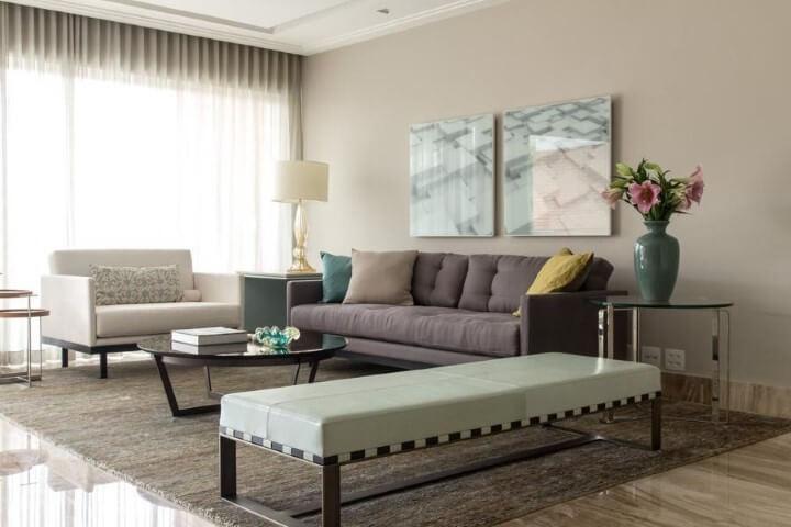 Sala de estar com decoração clean