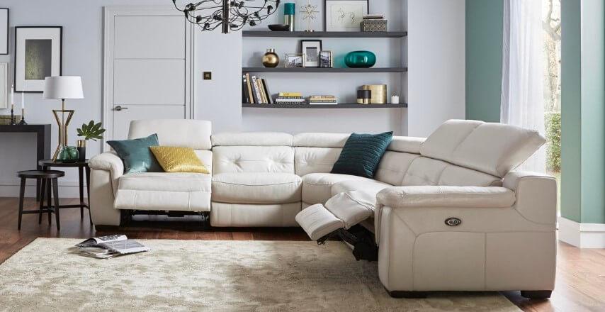 Sofá retrátil e reclinável de canto