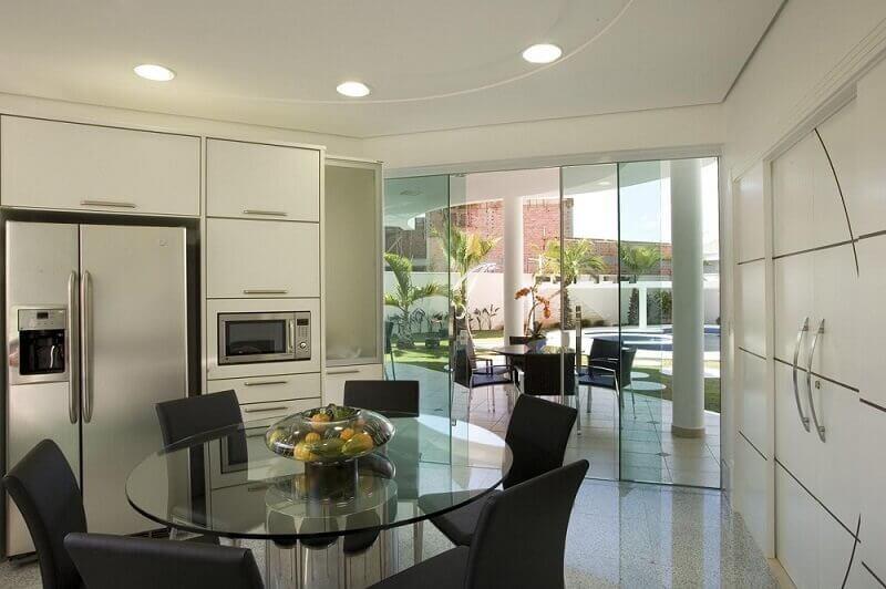 armário de cozinha modulado para cozinha com acesso a varanda