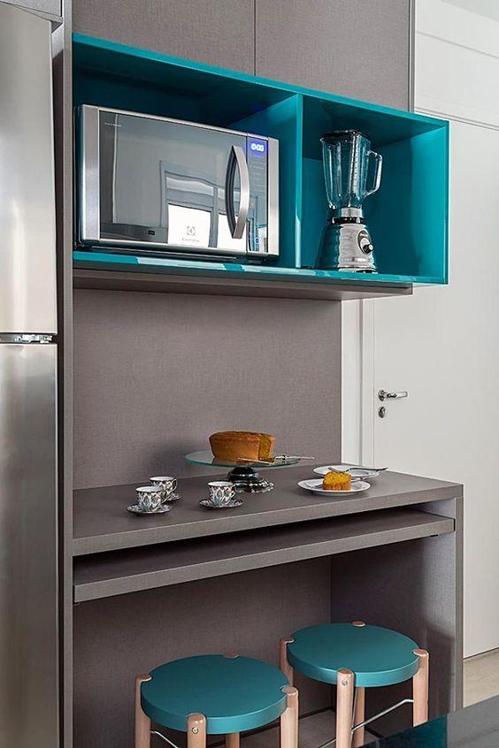 Use cores alegres para decorar a cozinha modulada