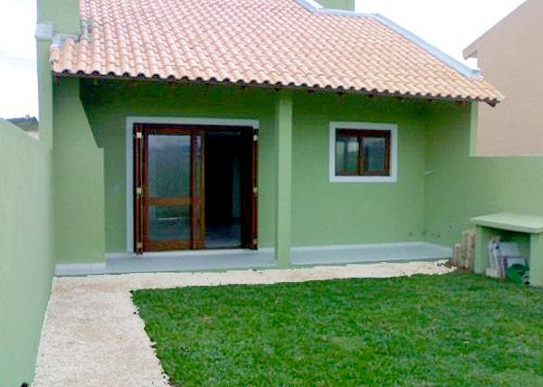 construção de casas com gramado simples