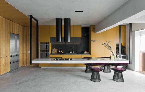 Cores para cozinha roxa e amarela