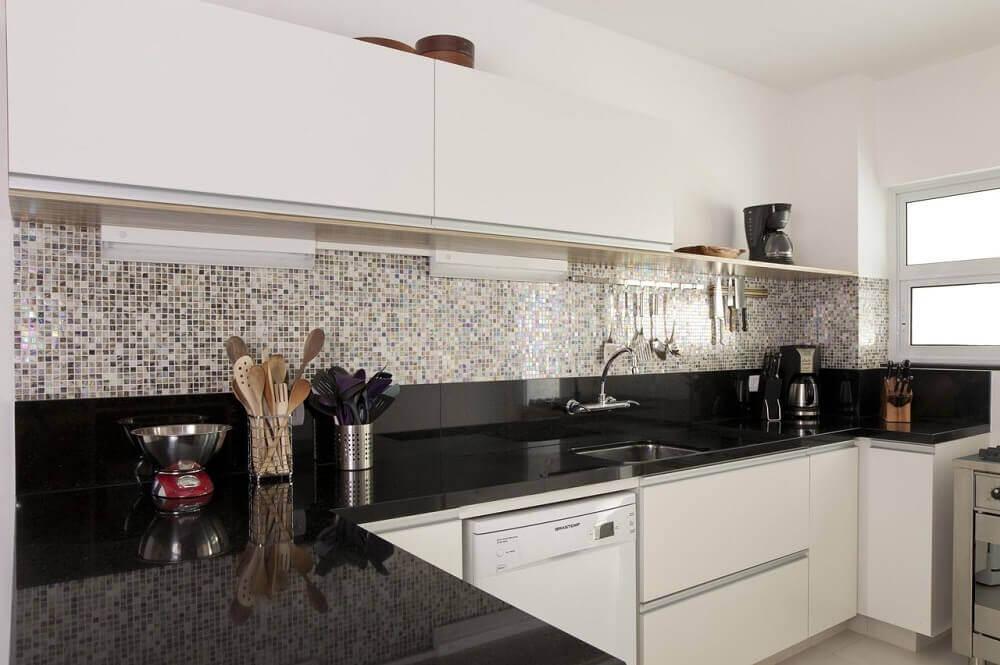 cozinha com granito preto são Gabriel e pastilhas