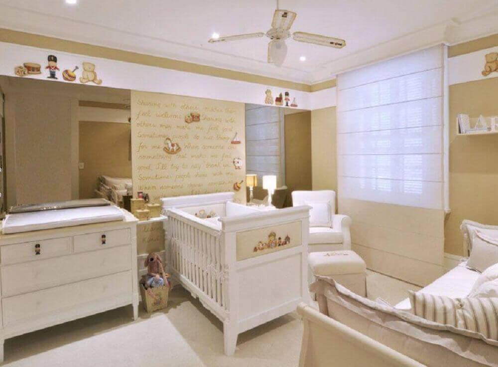 decoração com cômoda para quarto de bebê
