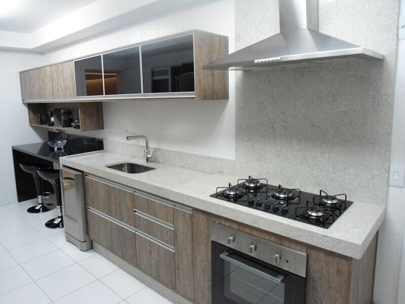 decoração simples para cozinha com armário de cozinha modulado