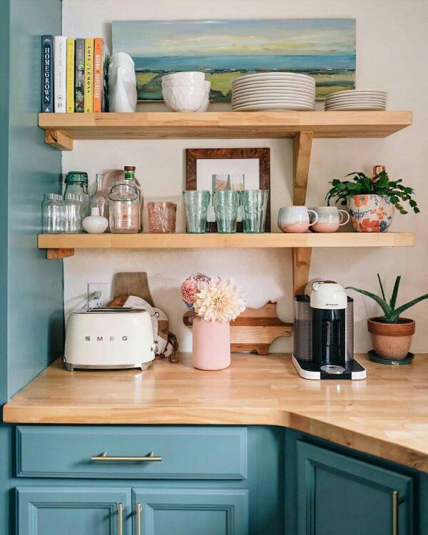 Detalhes de cores para cozinha retrô
