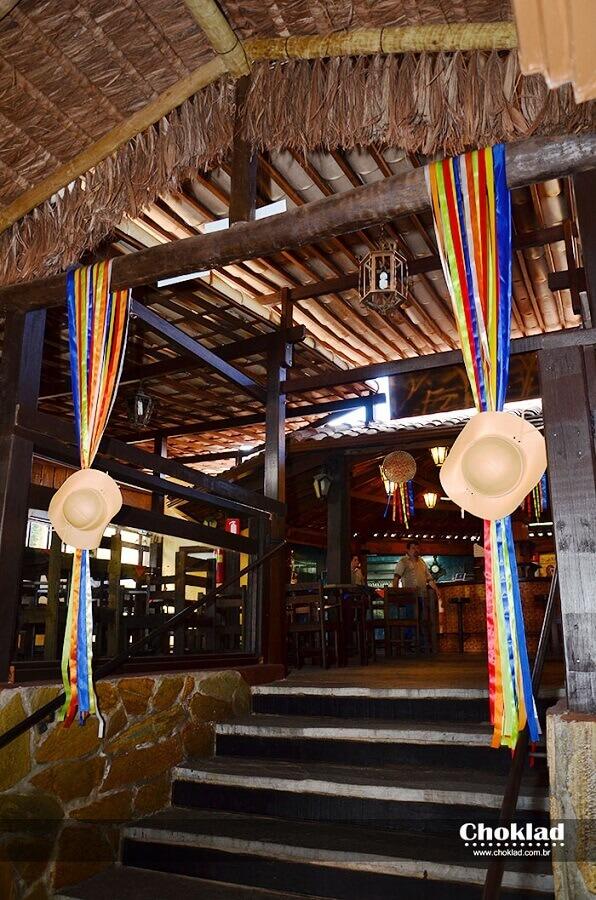 festa de casamento decorada com tema de festa junina