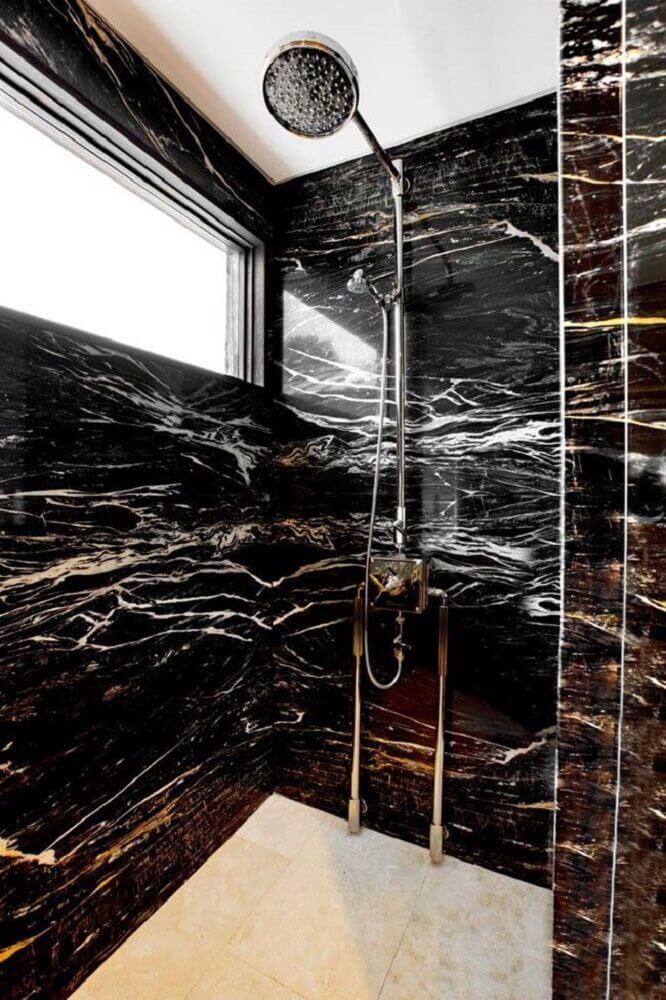 granito preto indiano para banheiro