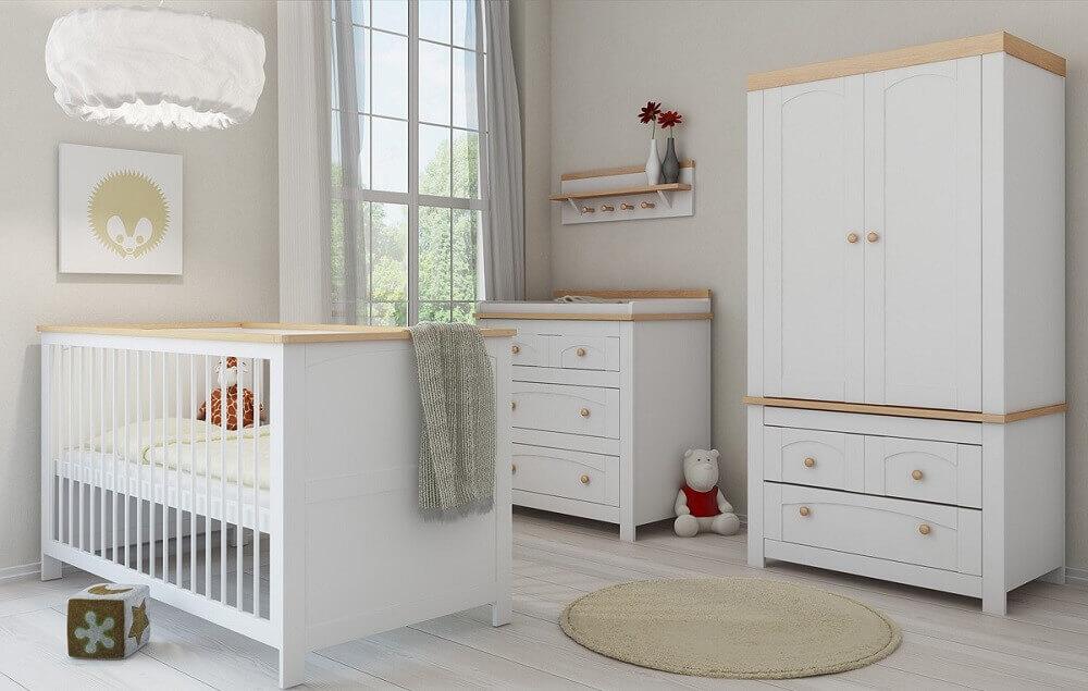 guarda roupa e cômoda de bebê para quarto decorado todo branco