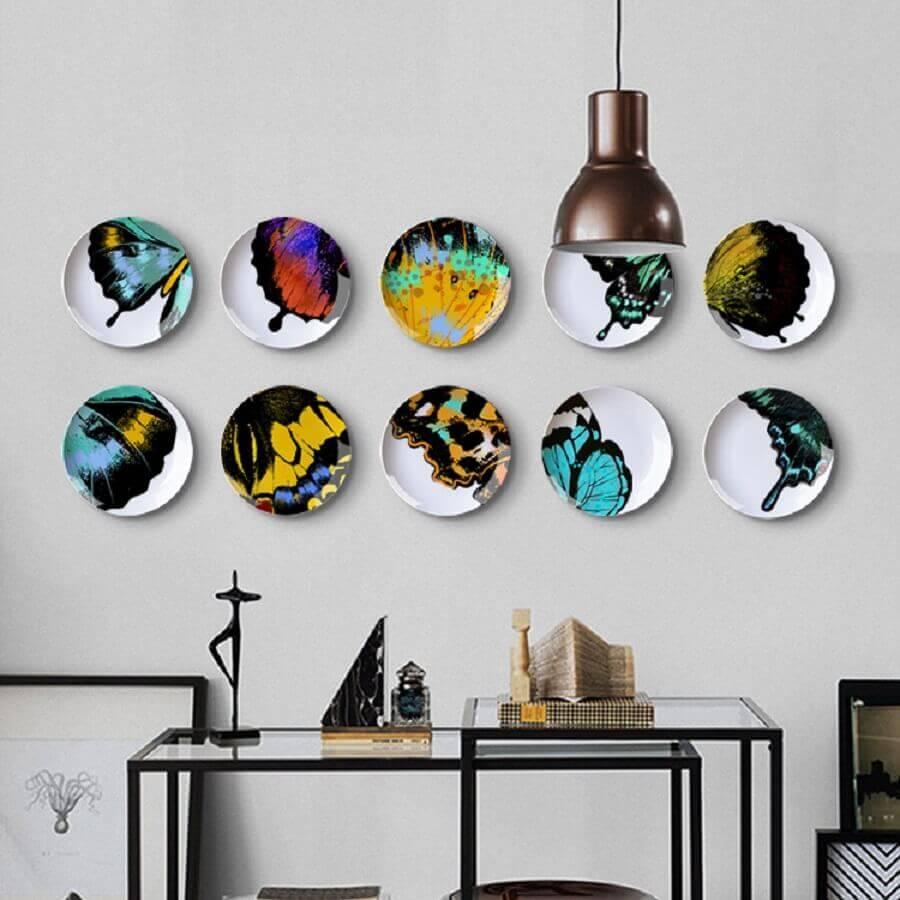 ideias para decorar paredes com pratos