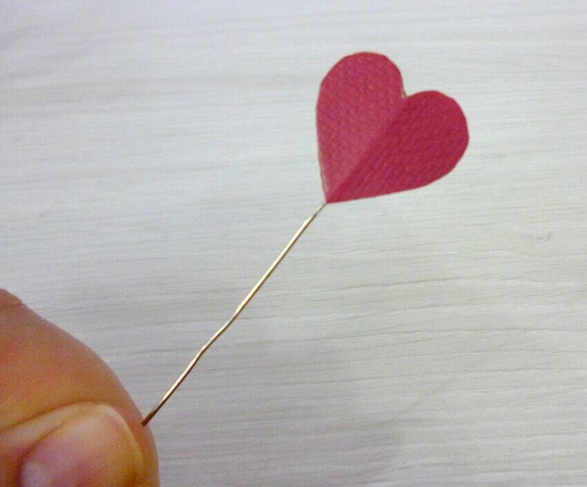 corações de papel para lampada do amor