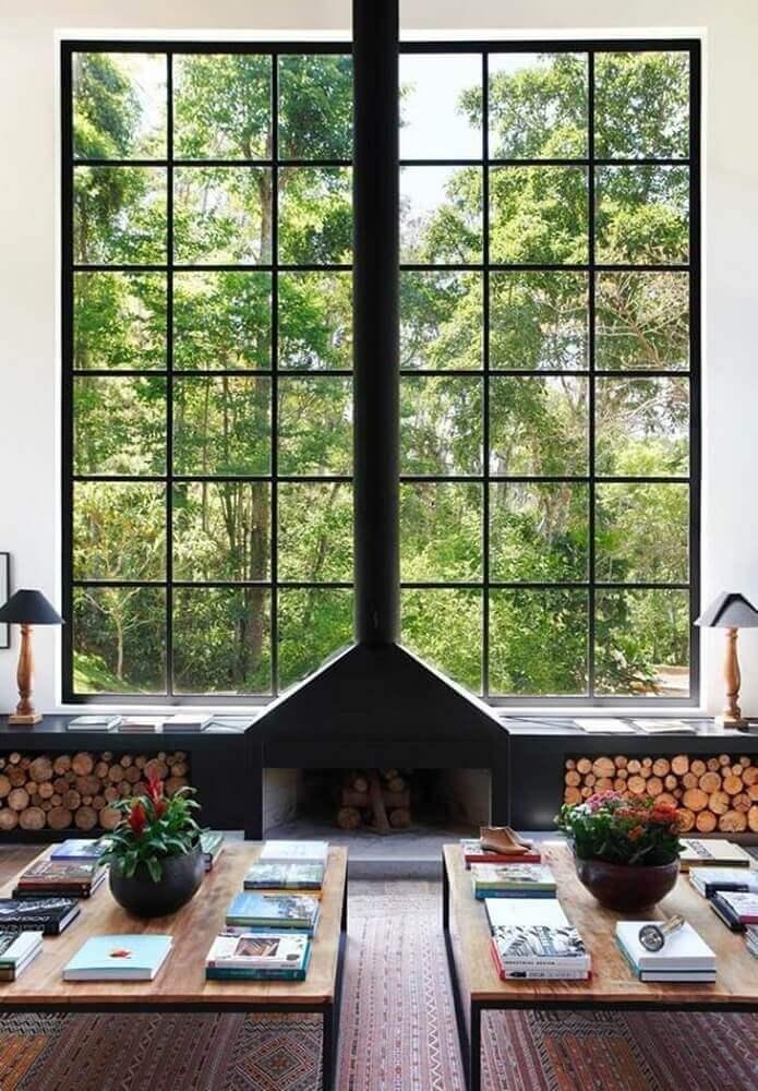 lareira a lenha para sala de casa de campo decorada