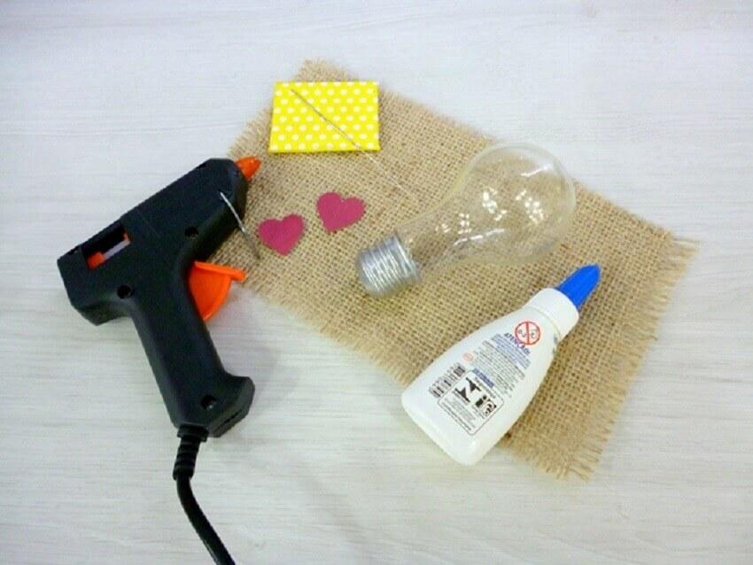 materiais para fazer lampada do amor