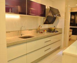 modelo de armário de cozinha modulado e armário de cozinha de parede com portas roxas-anacinthialopes-proportional-height_cover_medium