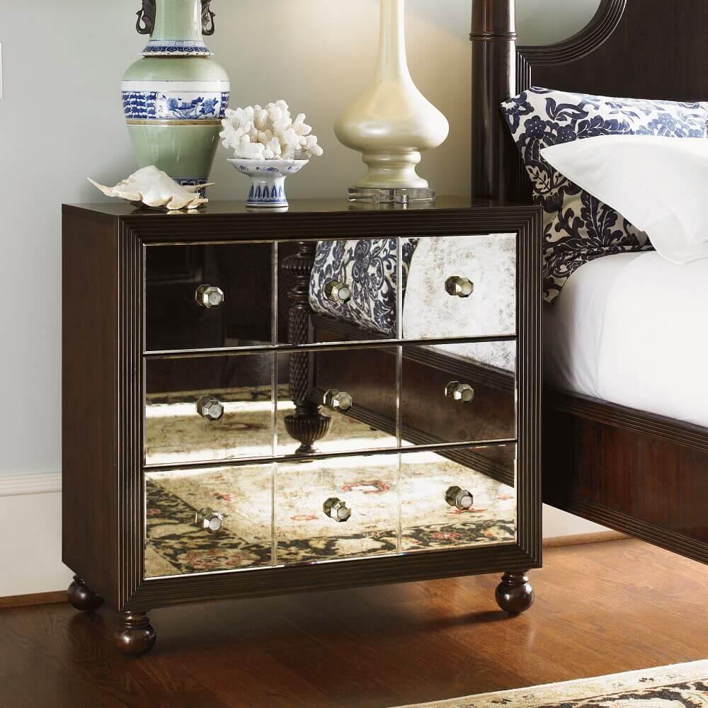 modelo de criado mudo de madeira com espelho