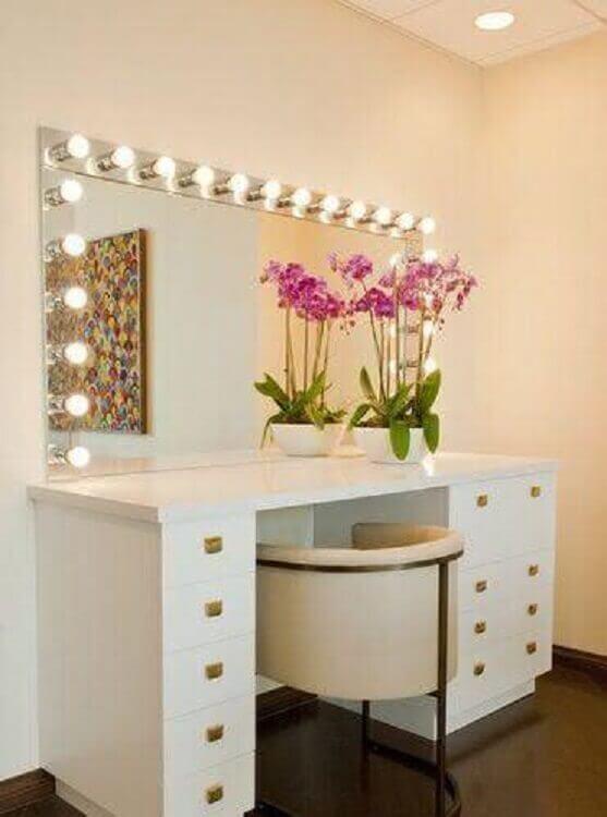 modelo de penteadeira branca com espelho camarim