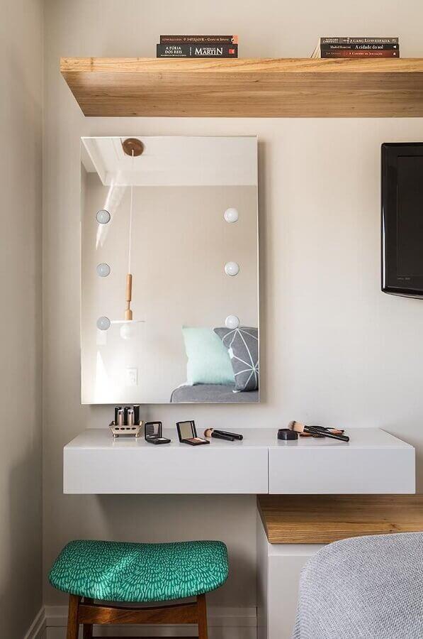modelo de penteadeira simples com espelho de camarim