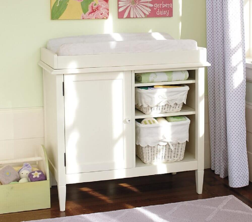 modelo pequeno de cômoda com trocador