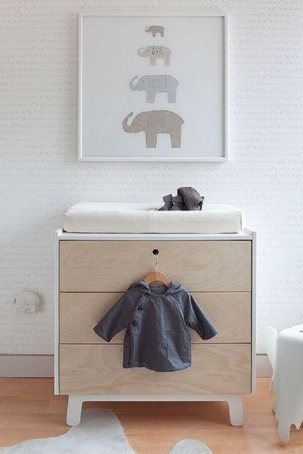 modelo retrô de cômoda de bebê