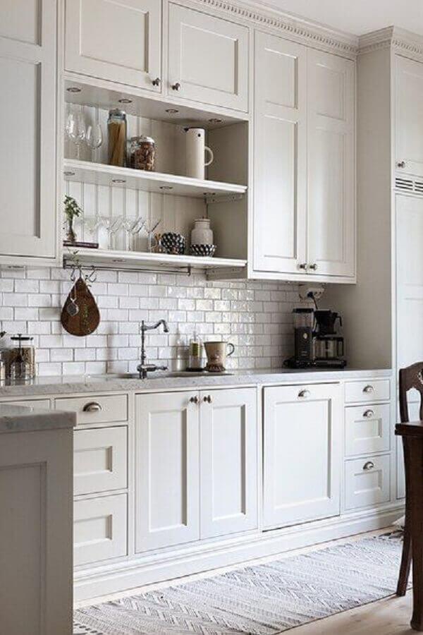 modelos de armários para cozinha clean e clássica
