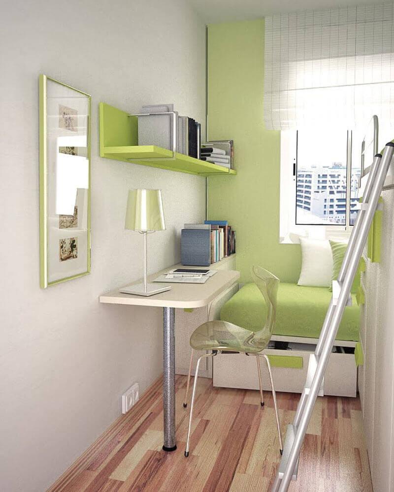 prateleiras e escrivaninha pequena para quarto com decoração verde