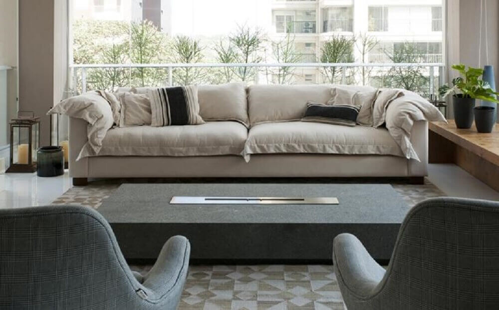 sala de estar com lareira ecológica como mesa de centro