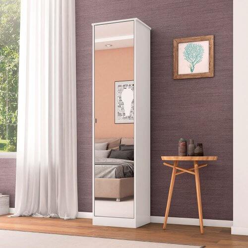 Armário multiuso com porta espelhada