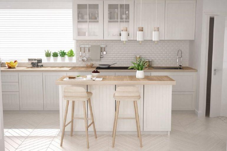 Banquetas de cozinha branca dão uma ar mais aconchegante ao ambiente