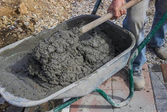 Como fazer concreto sem betoneira
