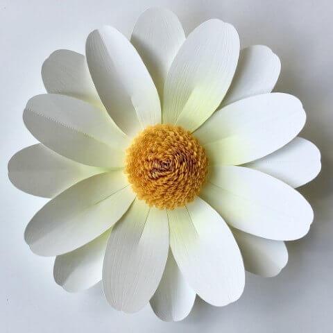 Como fazer flores de papel com camadas