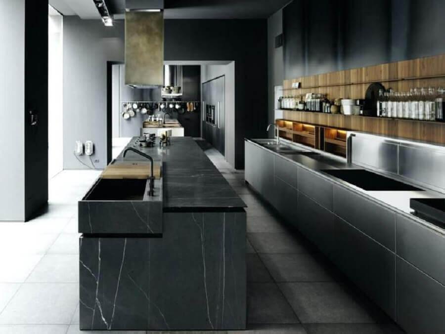 Cozinha com mármore preto - Foto homehub
