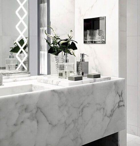 Decoração para banheiro sofisticado  com mármore carrara branco - Pinterest