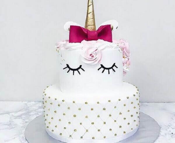 Festa de unicórnio bolo branco