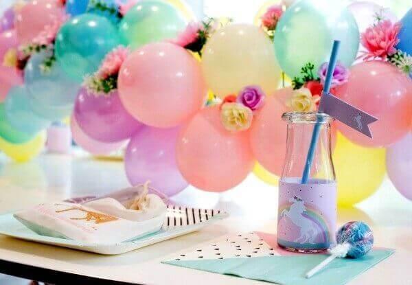 Festa de unicórnio para mesa de recepção