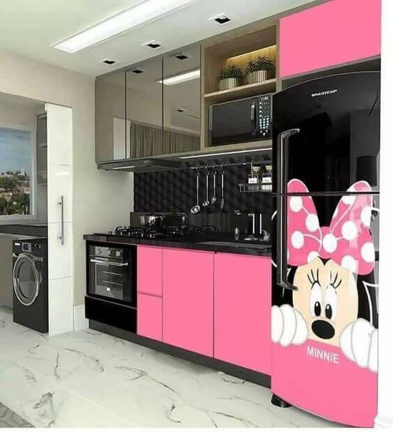 Geladeira adesiva com a imagem da Minnie. Fonte: Truque de Mulher